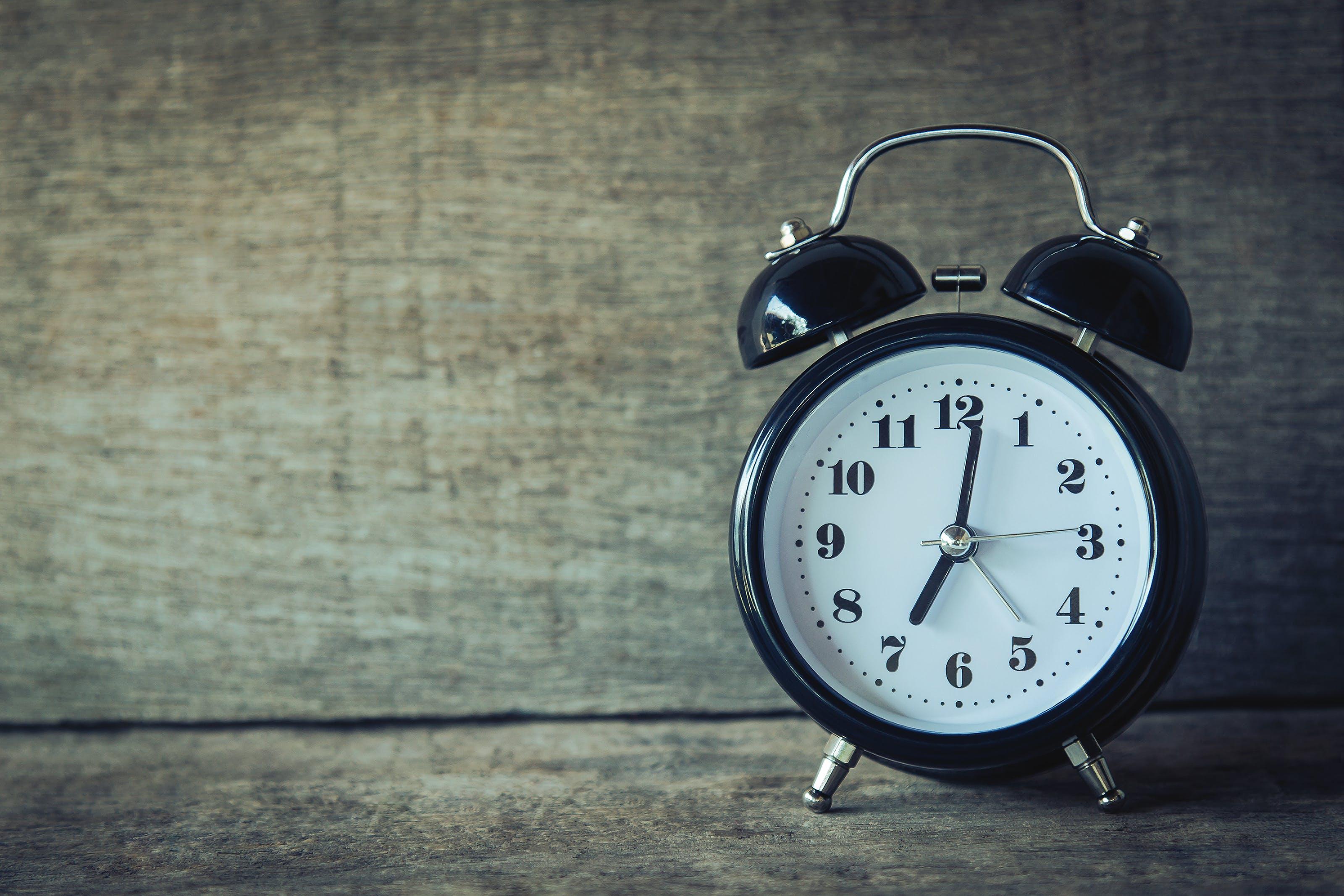Kostenloses Stock Foto zu alarm, analogon, countdown, frist