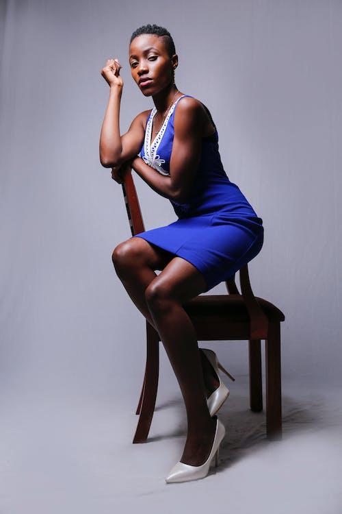 Fotobanka sbezplatnými fotkami na tému Afričanka, černoška, človek, dievča