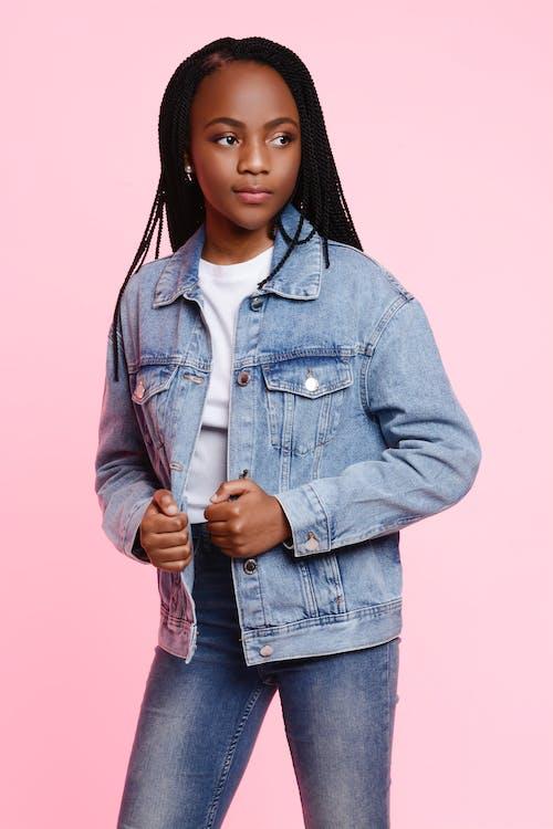 Fotobanka sbezplatnými fotkami na tému afro-americká dievča, denim, dospievajúci, fotenie