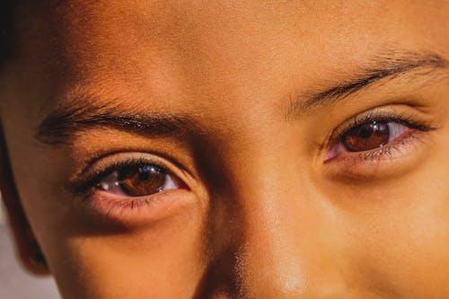 Бесплатное стоковое фото с девочка, красивые глаза, милый, сальвадорская девушка