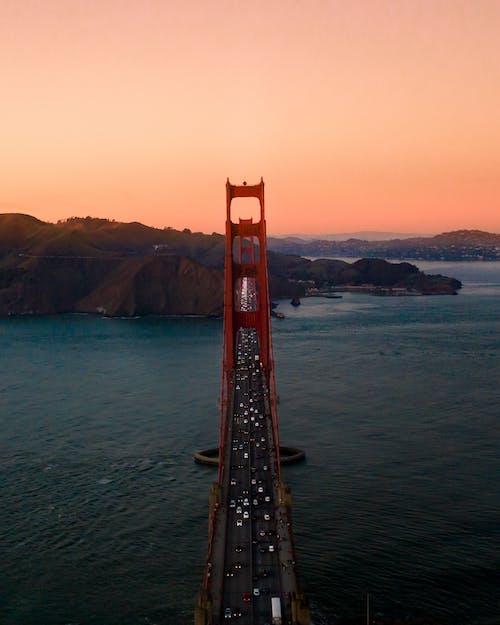 交通系統, 光, 吊橋, 地標 的 免费素材照片