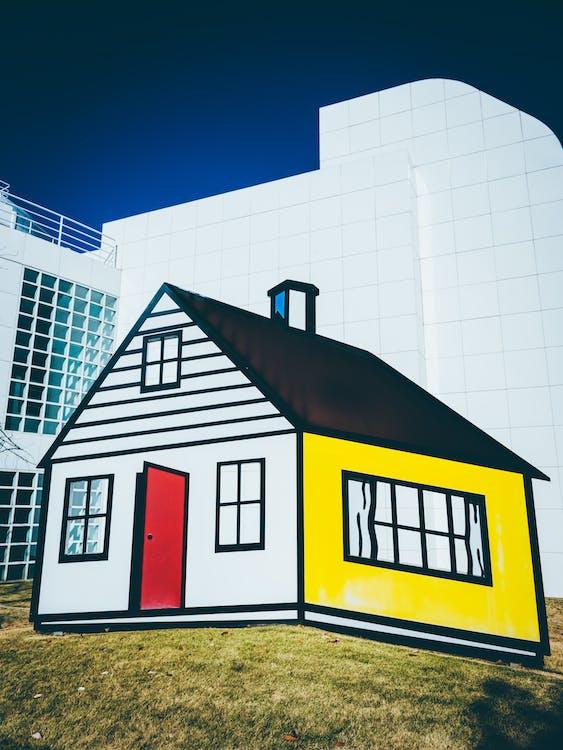 Weißes Rotes Und Schwarzes Haus