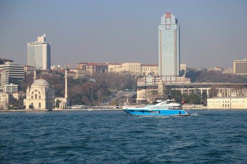 Free stock photo of a mosque, apartment buildings, big city, Istanbul