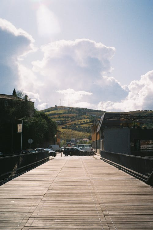 Free stock photo of beautiful landscape, blue sky, bridge, cars