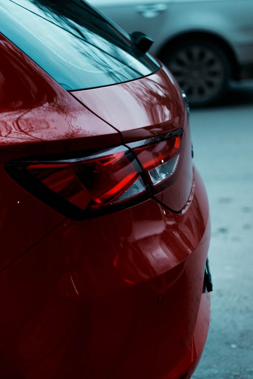 :Close-Up Photography of a Red Car
