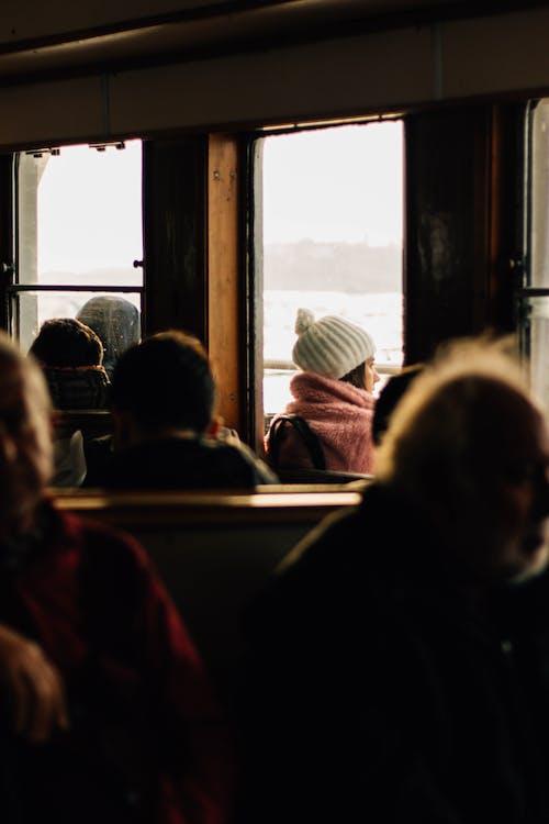 Základová fotografie zdarma na téma čepka, cestování, dojíždějící, dopravní systém