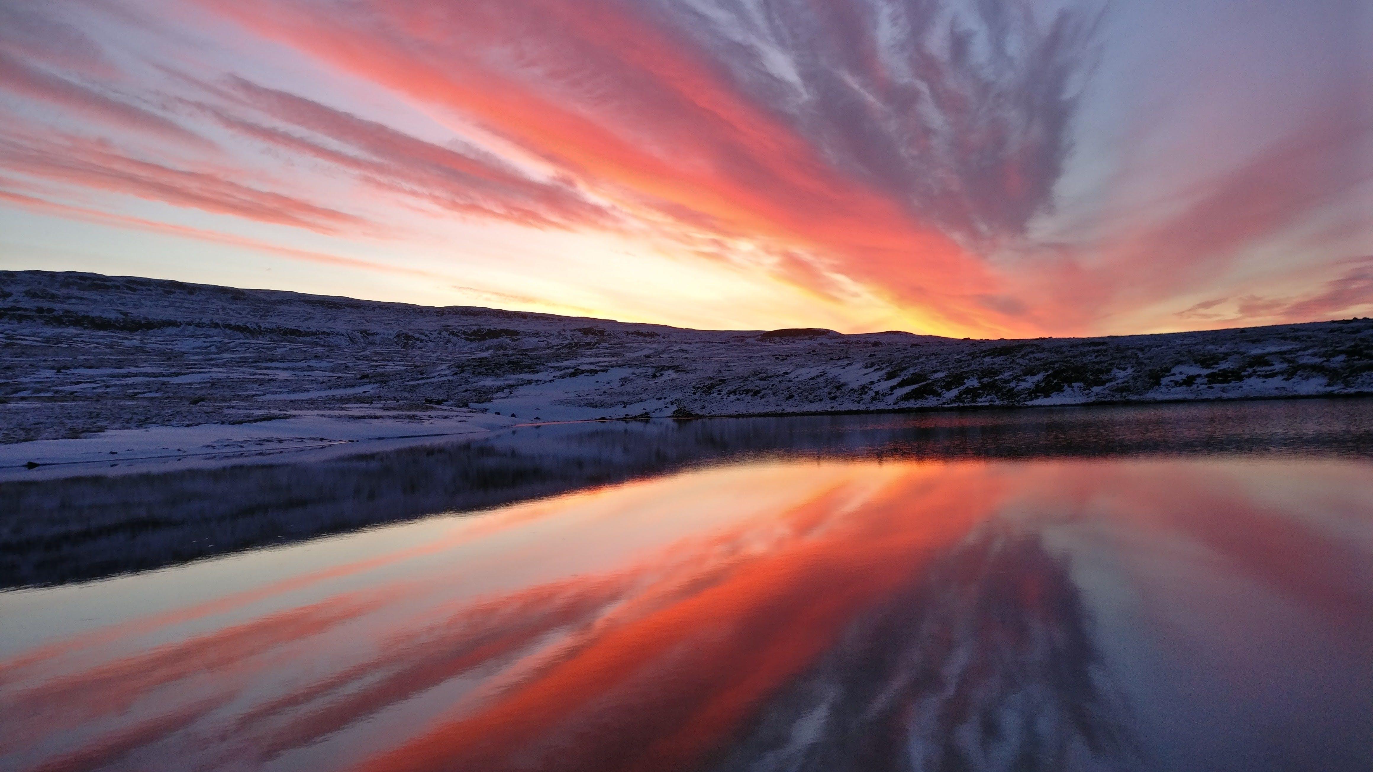 Ilmainen kuvapankkikuva tunnisteilla aamu, auringonlasku, heijastus, hiekkaranta