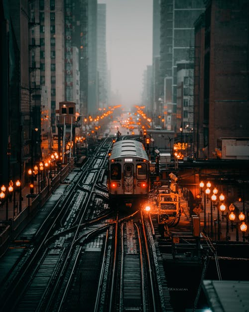Photo Du Train Sur La Voie Ferrée