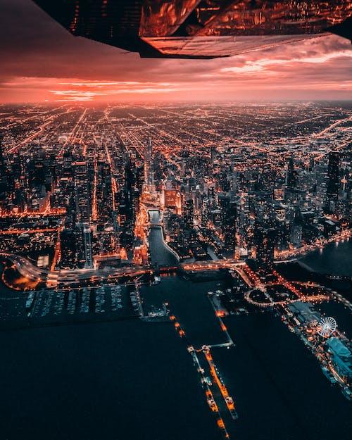Foto d'estoc gratuïta de alba, cel, ciutat, edificis
