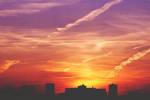 Foto profissional grátis de alvorecer, céu, céu noturno, clima