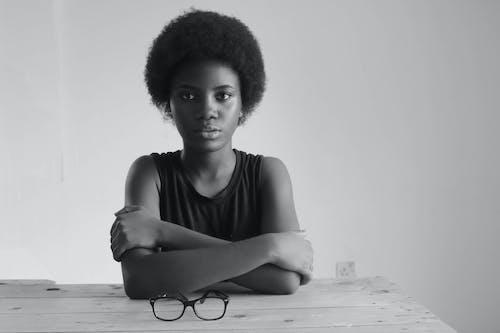 Darmowe zdjęcie z galerii z afroamerykanin, afroamerykanka, czarna dziewczyna, czarna kobieta