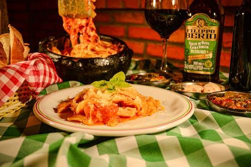 Free stock photo of bread, creamy pasta, dining table, italian