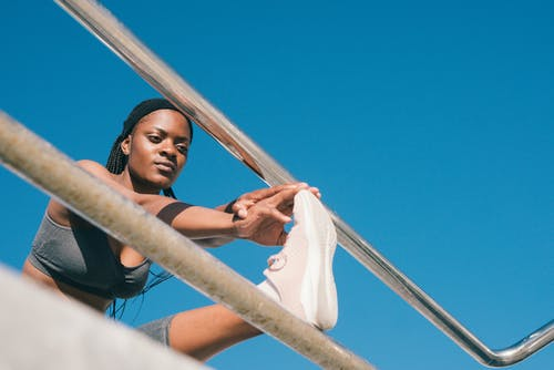 Darmowe zdjęcie z galerii z ćwiczenie, czarna kobieta, fitness, kobieta