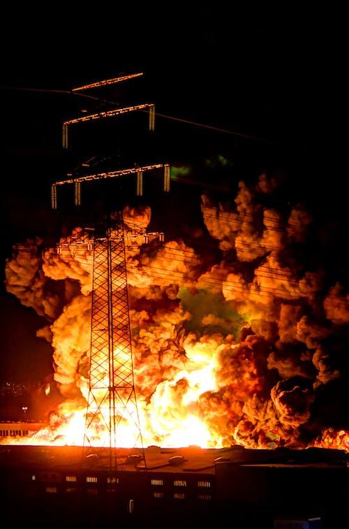 Foto De Fuego Durante La Noche