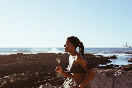 Ảnh lưu trữ miễn phí về biển, chạy bộ, đại dương, đàn bà