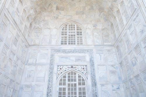 Бесплатное стоковое фото с архитектура, Архитектурное проектирование, в помещении, геометрический