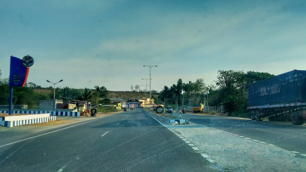 αυτοκινητόδρομος, δρόμος