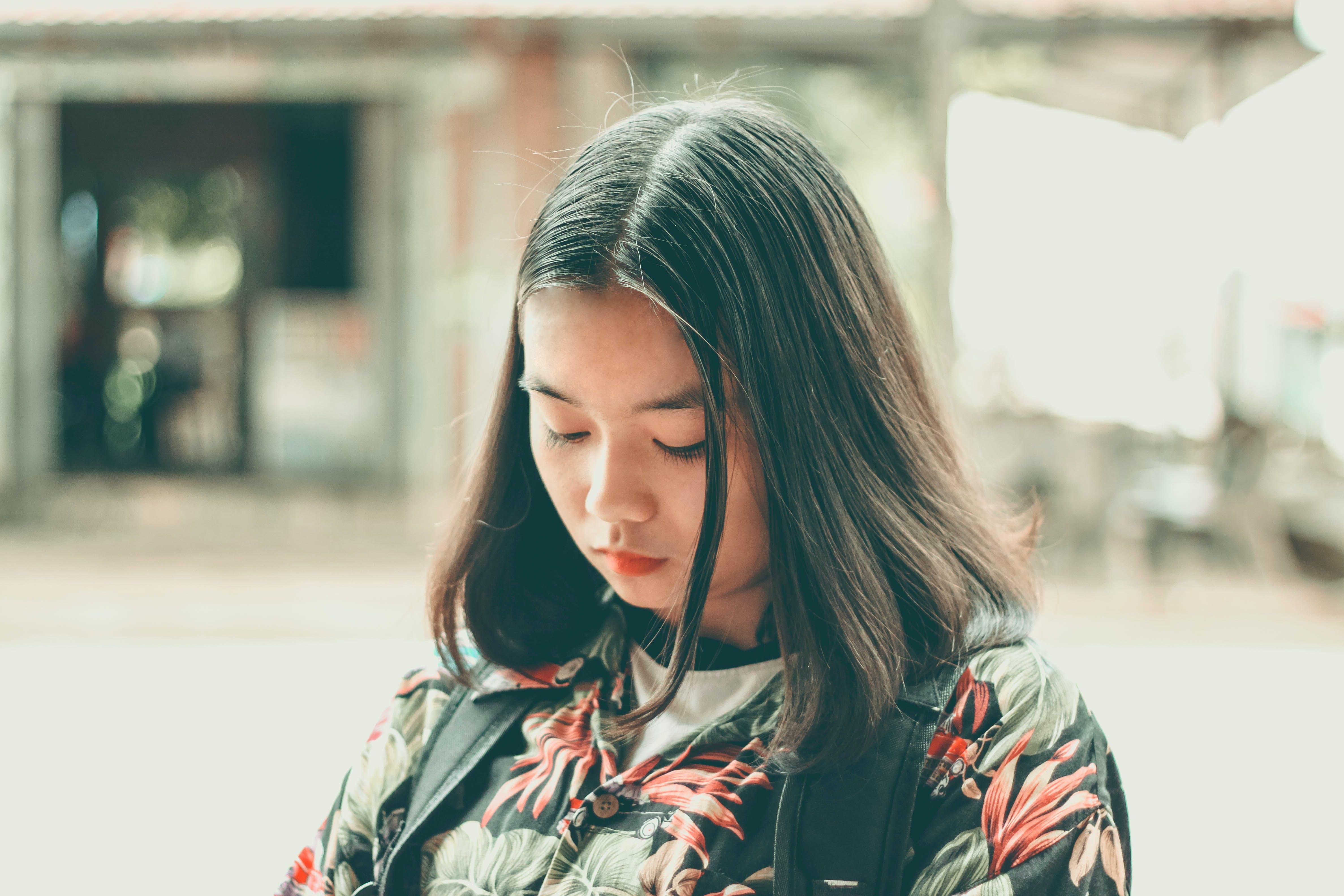 beautiful, daylight, facial expression