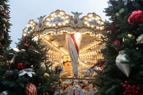 Gratis arkivbilde med jul, julestemning, karusell
