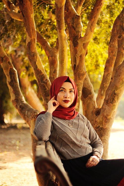 Kostenloses Stock Foto zu frau, hijab, hübsch, makeup