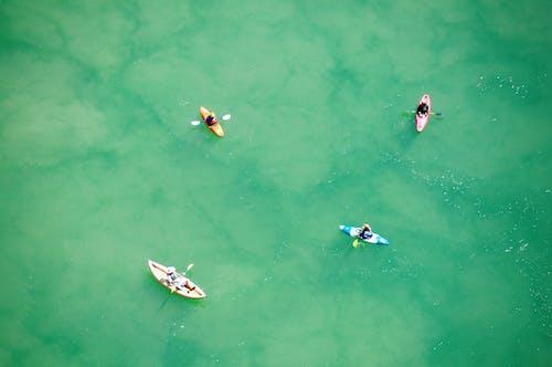 Δωρεάν στοκ φωτογραφιών με αναψυχή, Άνθρωποι, βάρκα, γαλαζοπράσινος