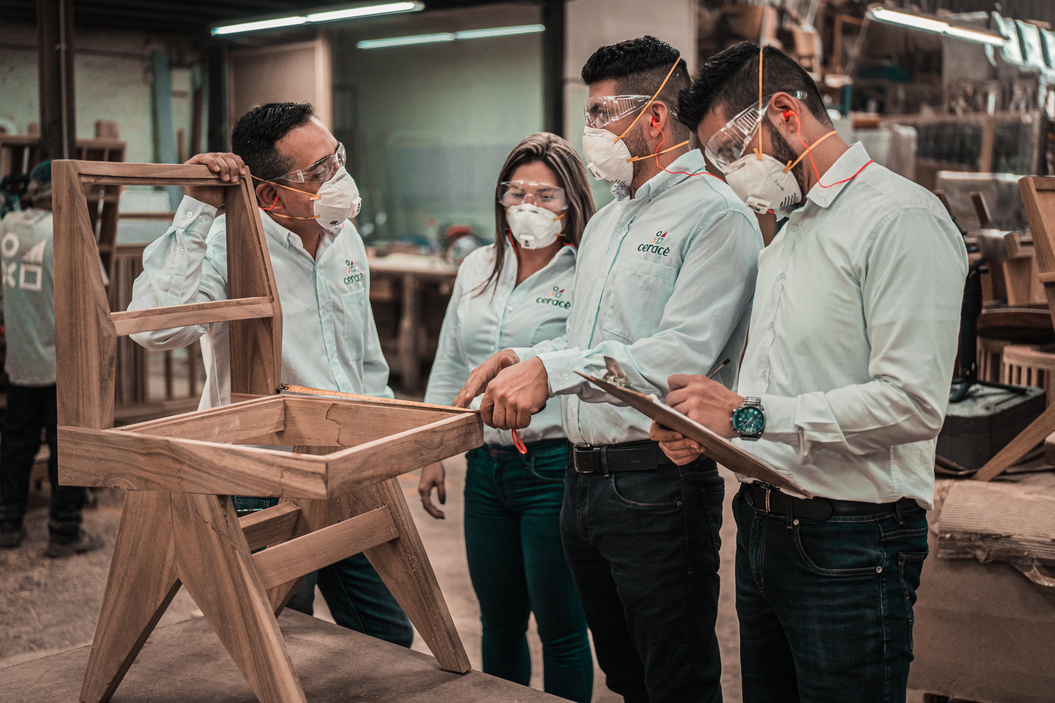 Manuales y tutoriales de carpintería