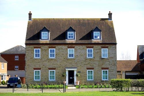 Kostenloses Stock Foto zu architektur, auffahrt, außen, dach