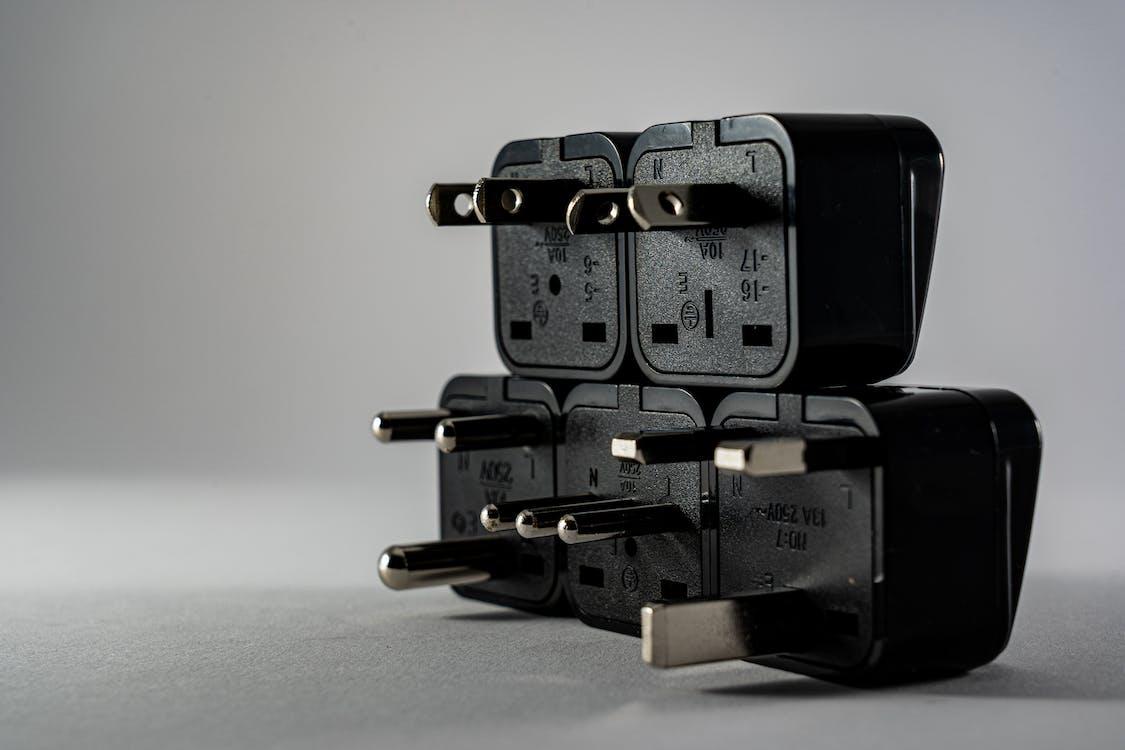 Black Plugs