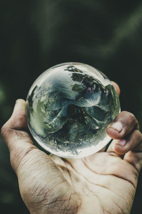 Ingyenes stockfotó kéz, pohár, üveggömb témában