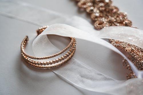 Foto d'estoc gratuïta de accessoris del casament, bella núvia, bling, boda