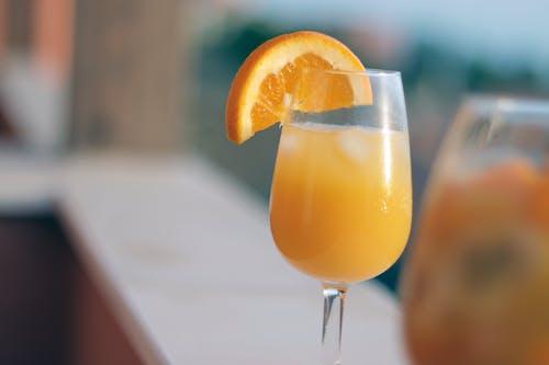 Kostnadsfri bild av apelsinjuice, dryck, glas, mimosa