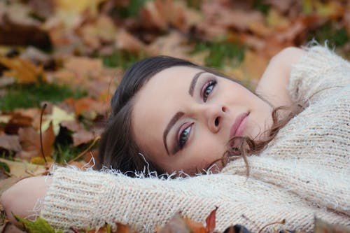 Free stock photo of attractive, autumn park portrait, beauty, brown