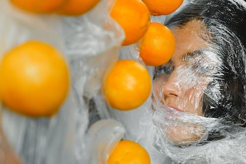 Foto stok gratis buah-buahan, ekologi, jeruk, kaum wanita