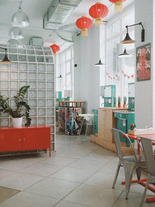 Ingyenes stockfotó ablakok, asztal, belső, belső dekoráció témában