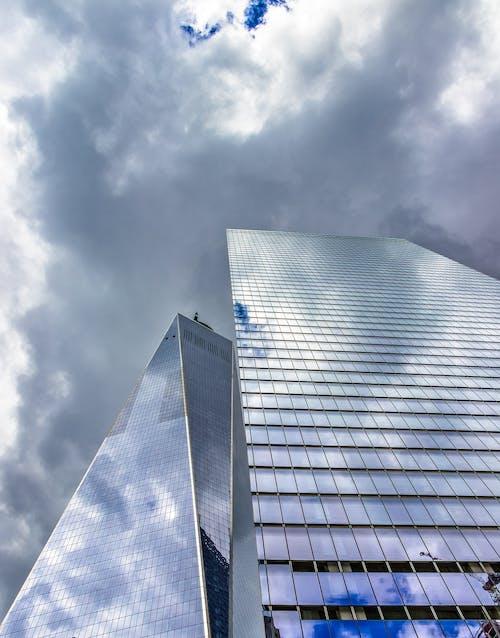 Ilmainen kuvapankkikuva tunnisteilla 1 WTC, arkkitehtoninen rakennus, kerrostalot, keskusta