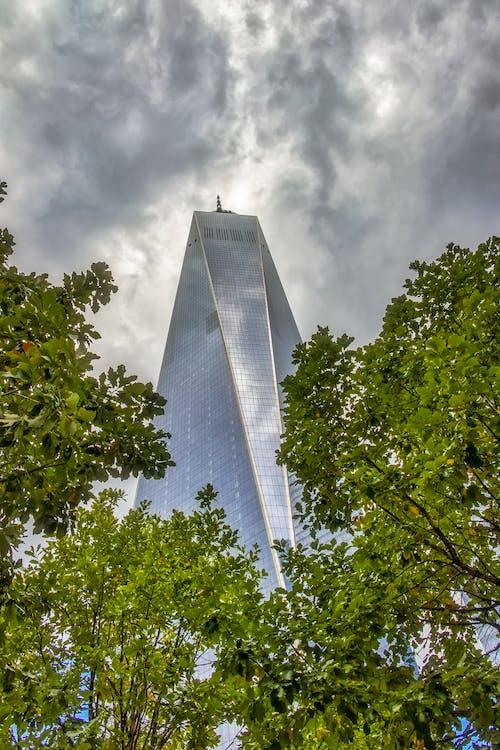 Ilmainen kuvapankkikuva tunnisteilla 1 WTC, manhattan, pilvenpiirtäjä, pilvet