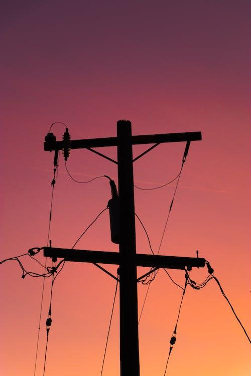 Foto profissional grátis de cabos, cor, crepúsculo, polo