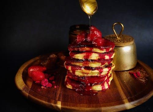 Gratis stockfoto met aardbeien, ahornsiroop, besjes, eten