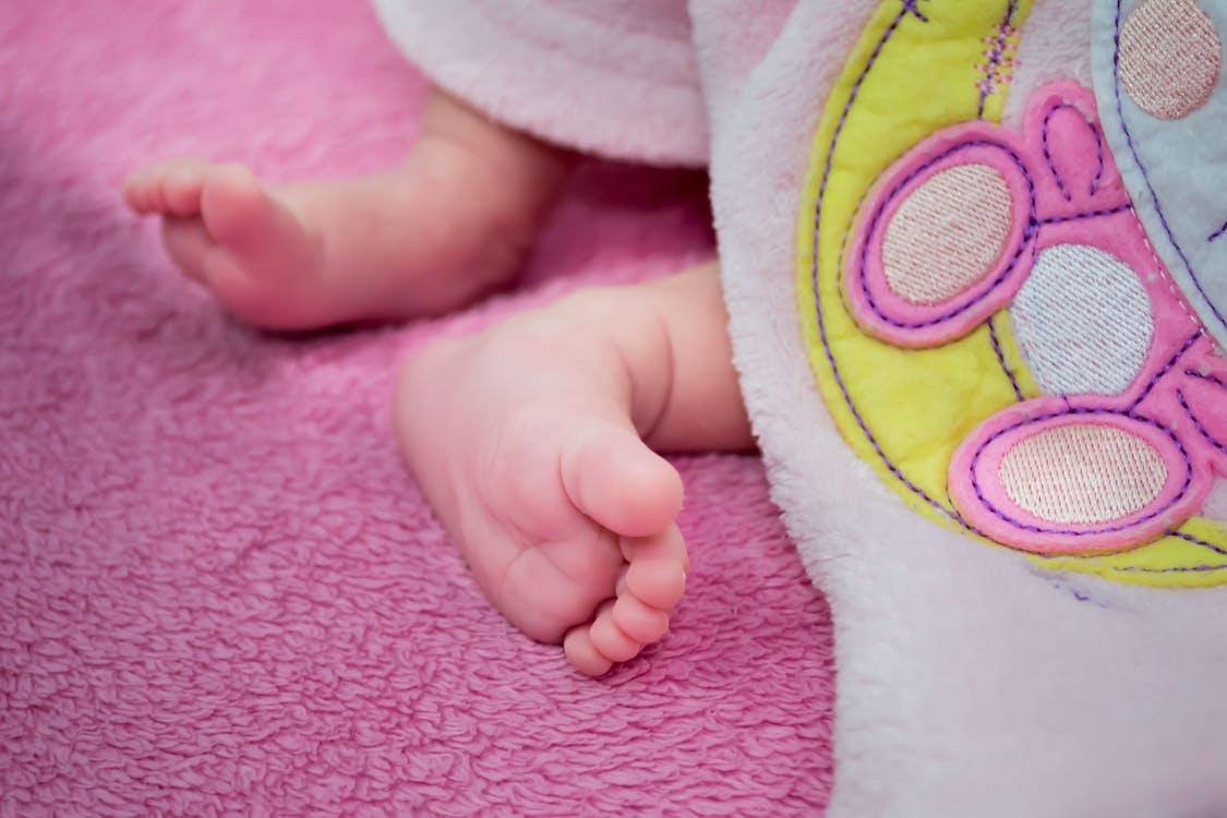 bábätko, crianã§a, dieťa