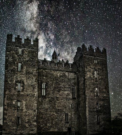 Ilmainen kuvapankkikuva tunnisteilla kirkkaat tähdet, linna
