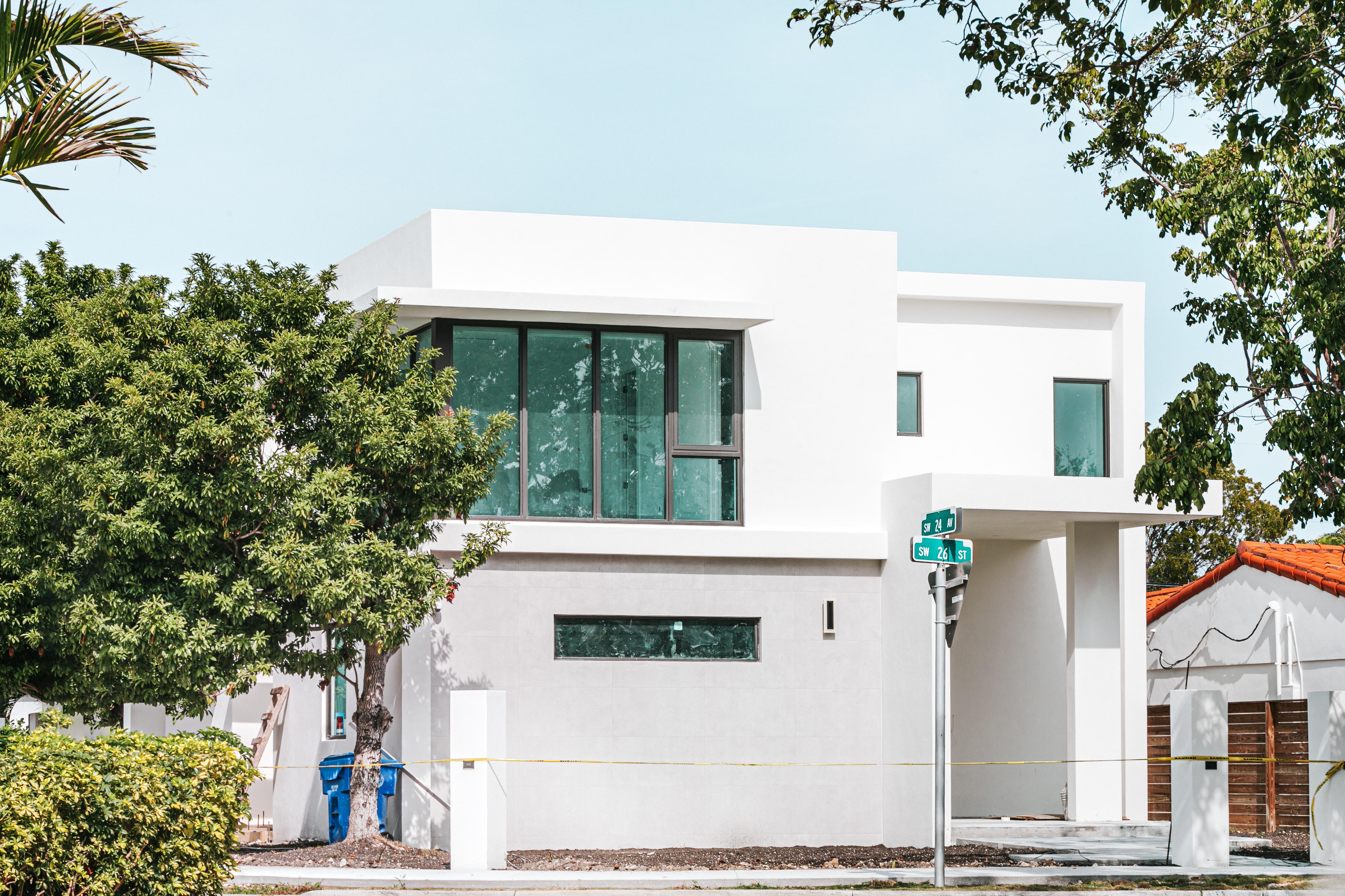 Exterior Maintenance: 7 Exterior Home Improvement to Consider This Fall