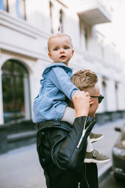 streetphotography, 一起, 人, 兒童 的 免費圖庫相片