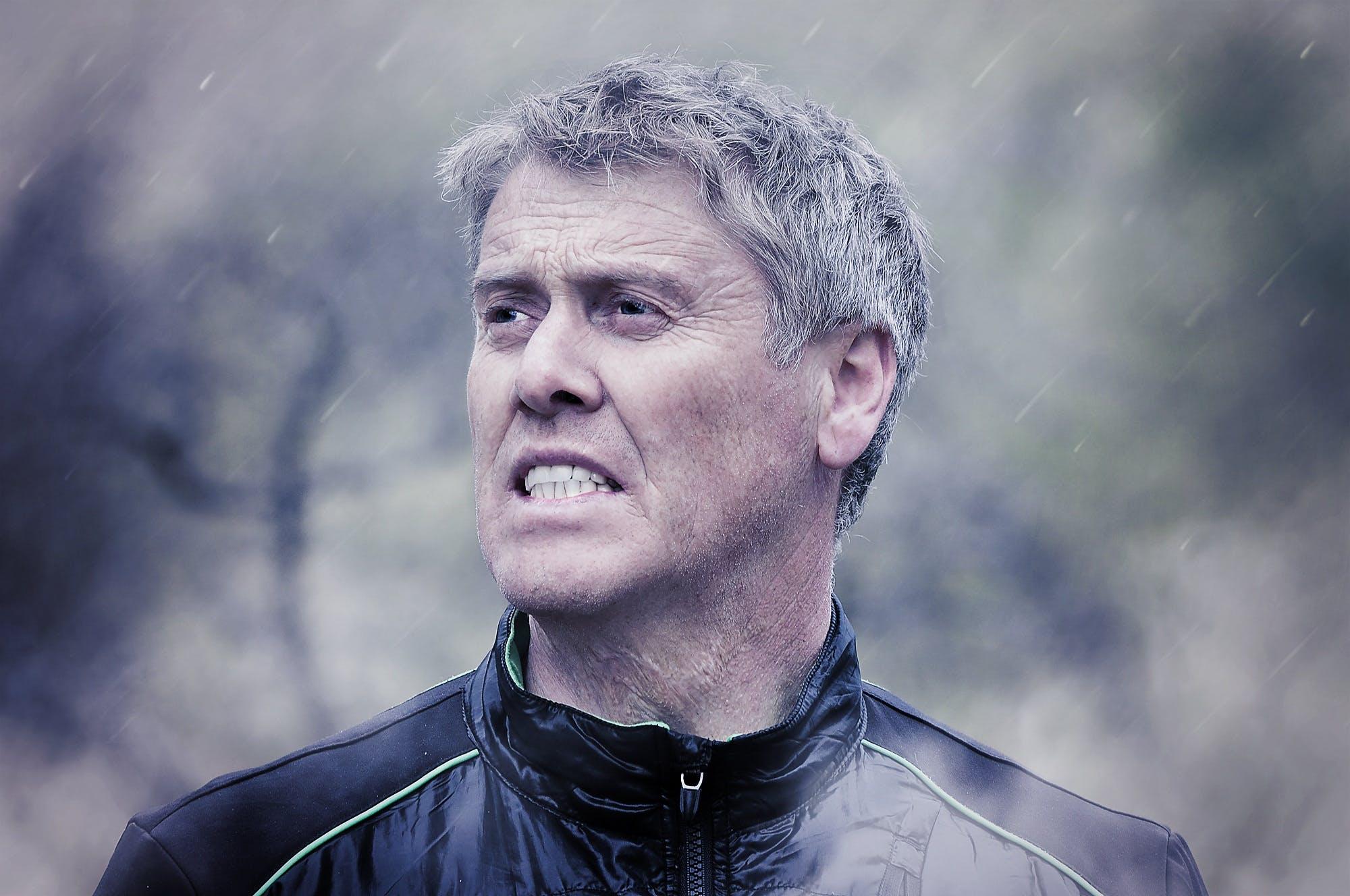 Gratis lagerfoto af mand, person, regn, voksen