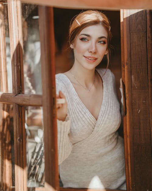 きれいな女性, グレートップ, スマイル, ファッションの無料の写真素材