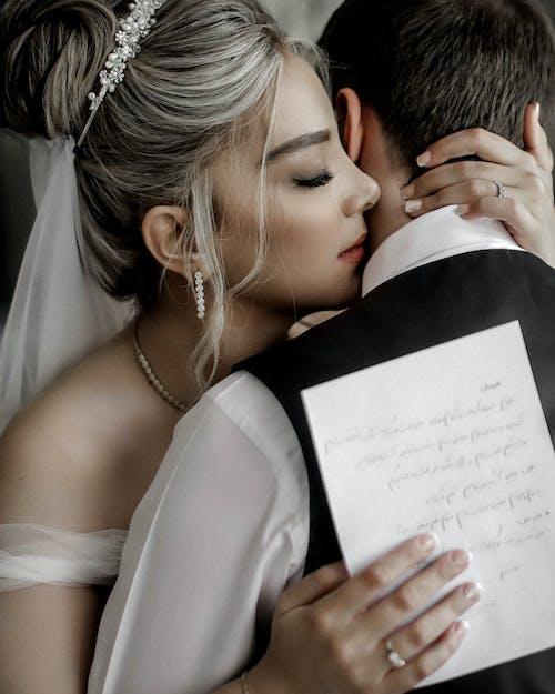 Gratis stockfoto met affectie, bruid, Bruid en bruidegom, bruidegom