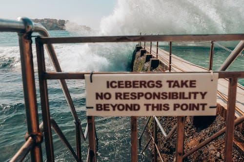 Gratis lagerfoto af advarselsskilt, bølge, bølgebryder, bondi isbjerge