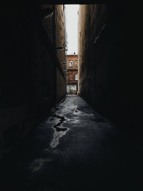 Gratis stockfoto met achtergelaten, architectuur, donker, Rusland