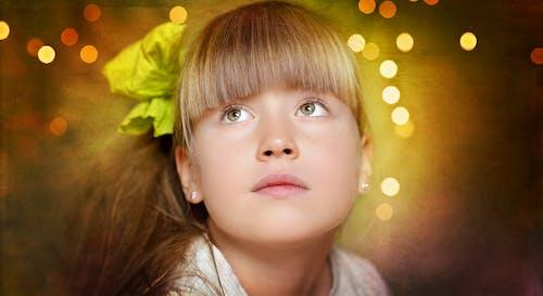 Foto profissional grátis de atraente, bonitinho, criança, garota