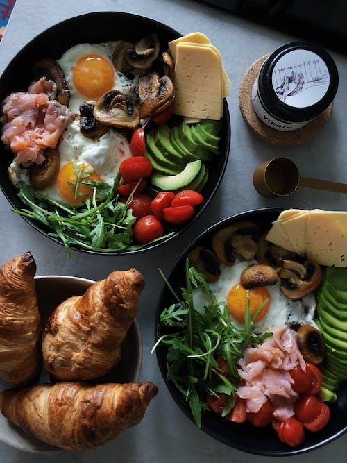 Imagine de stoc gratuită din aperitiv, brânză, castron, cornuri