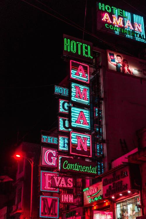 Základová fotografie zdarma na téma hotel znamení, hotely, indie, město